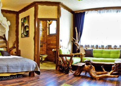 Amenajare-camera-hotel-mobilier-rustic