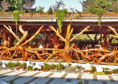 Amenajare restaurant exterior lemn rotund
