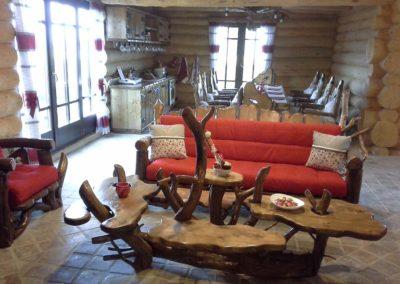 amenajare-living-cabana-fotolii-din-lemn-masiv