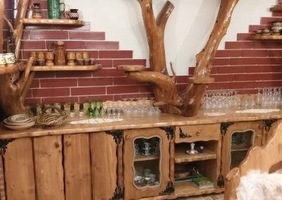 dulap-bar-amenajare-rustica-cabana